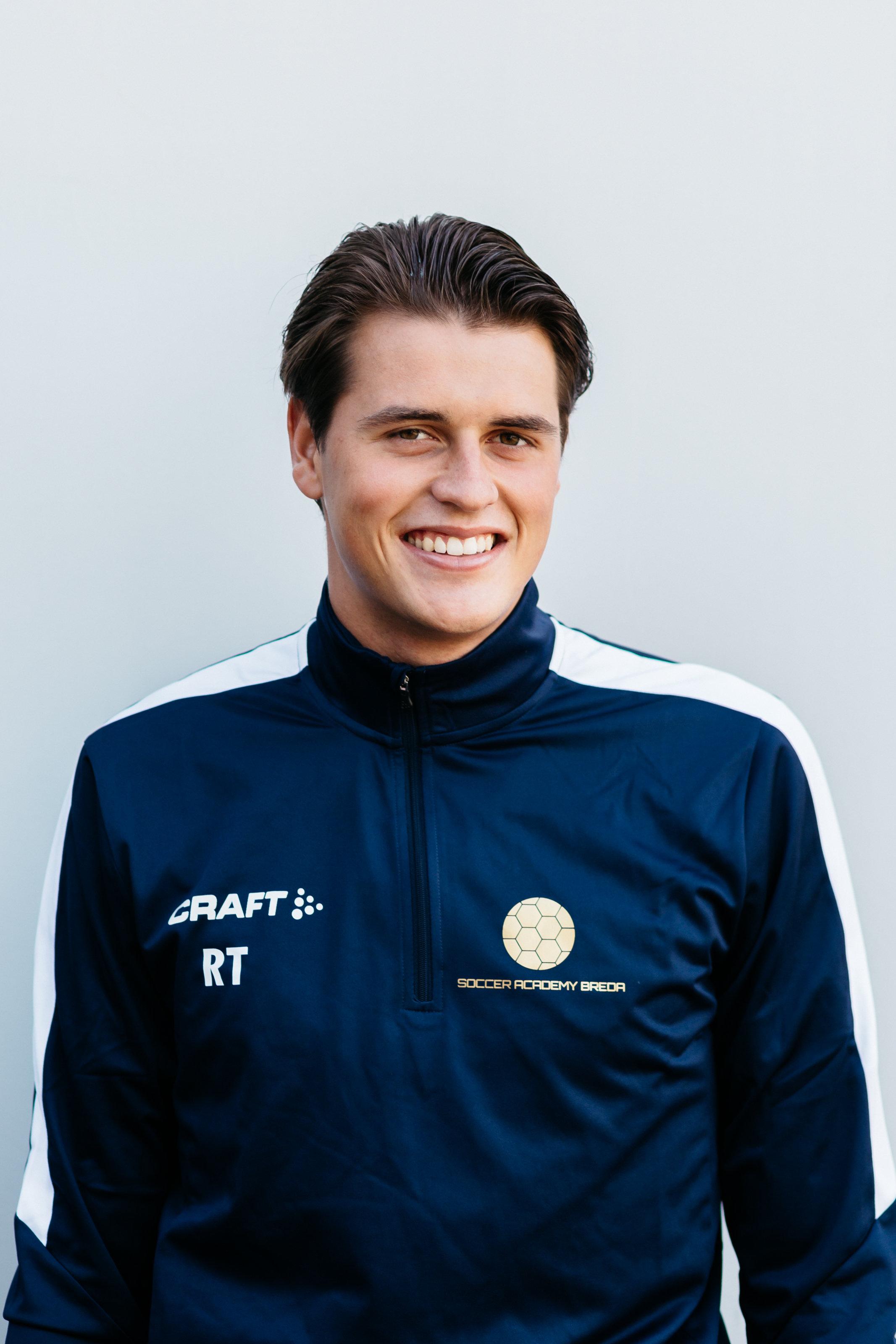 https://socceracademybreda.nl/wp-content/uploads/2020/10/Roman-Talboom.jpg
